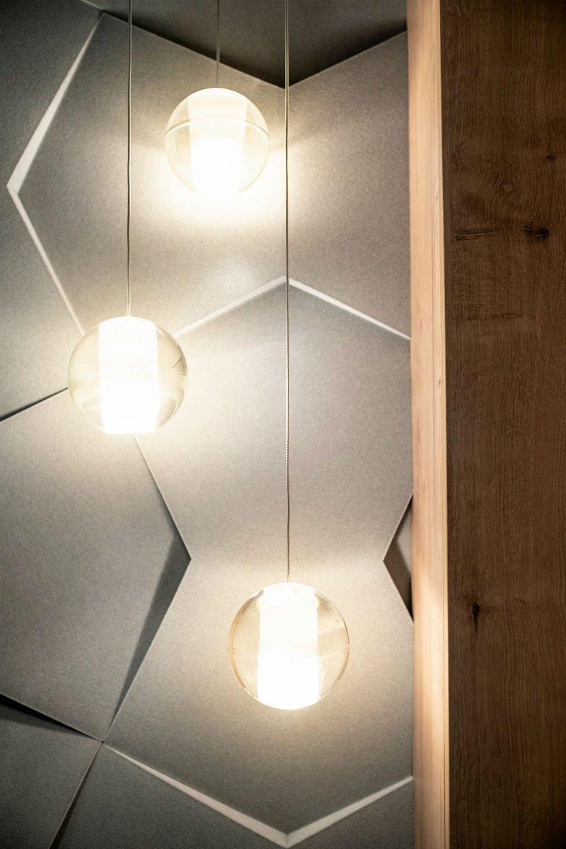 nowoczesny apartament mennica oświetlenie