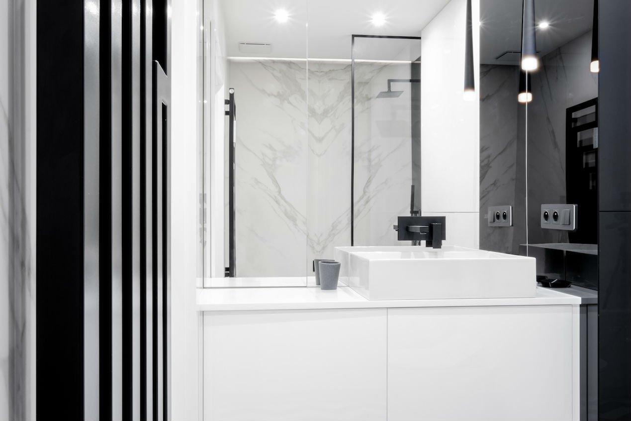 nowoczesny apartament mennica łazienka