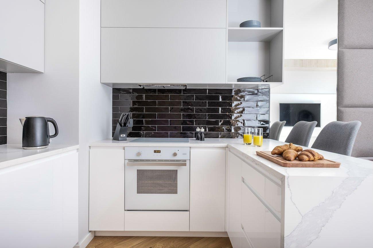 nowoczesny apartament mennica kuchnia